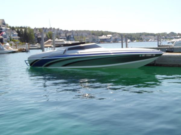 Absolute Powerboats 277