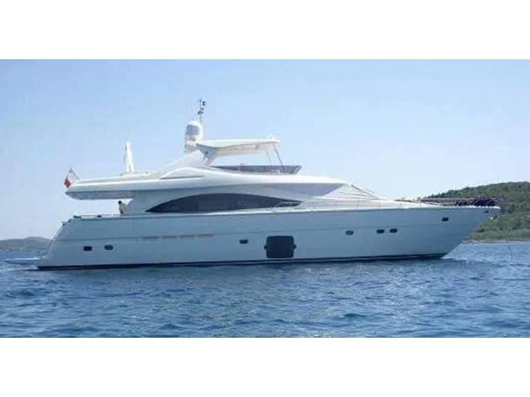 Ferretti Yachts Ferretti 830 HT