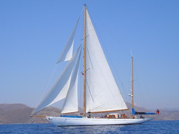 Camper & Nicholsons Classic 106FT Ketch Camper & Nicholsons - sailing