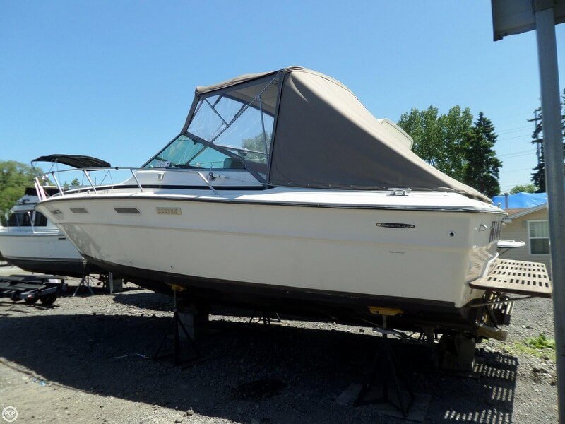 Sea Ray 300 Weekender 1977 Sea Ray 300 Weekender for sale in Portage, IN