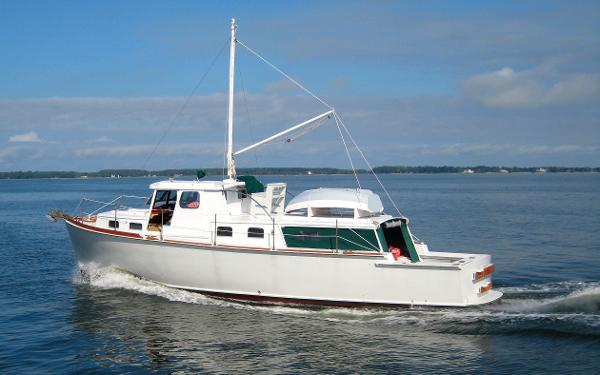 Wiley Trawler Ralph Wiley Design