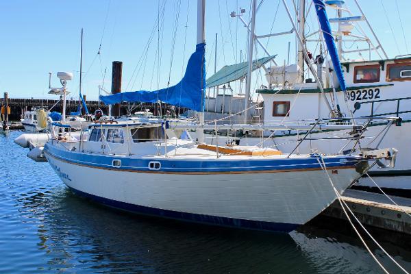 Gulf Pilothouse 32