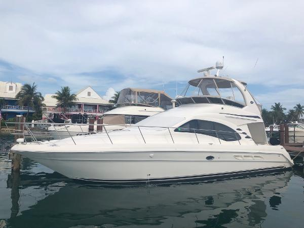 Sea Ray 44 Sedan Flybridge