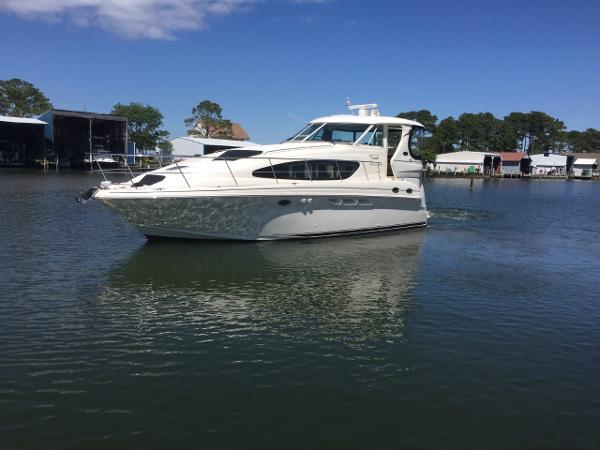 Sea Ray 390 Motor Yacht 2003 SEA RAY 390 MOTOR YACHT PROFILE