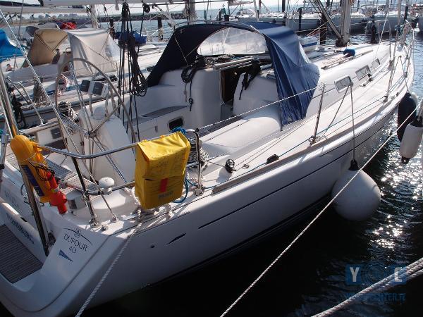 Dufour Yachts 40 P4192031.JPG