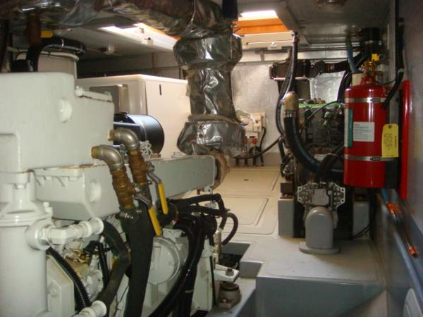 40' Nordhavn engine room port aft