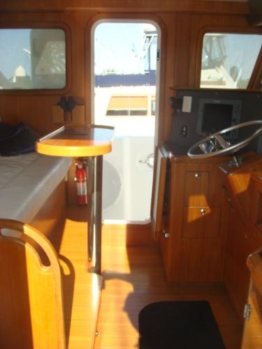 40' Nordhavn pilothouse port