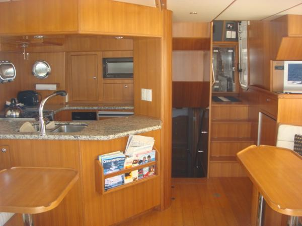 40' Nordhavn salon forward