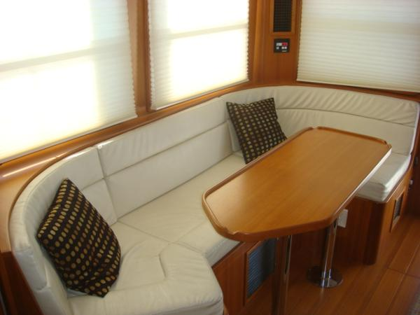 40' Nordhavn salon starboard seating