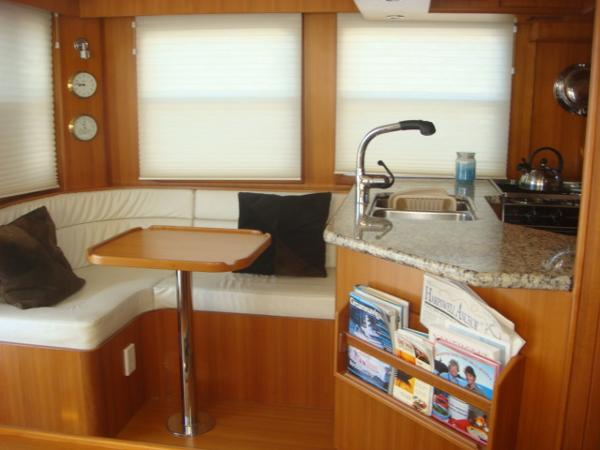 40' Nordhavn salon port