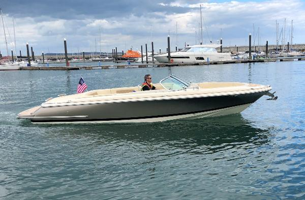 Chris-Craft Launch 25 Heritage Edition
