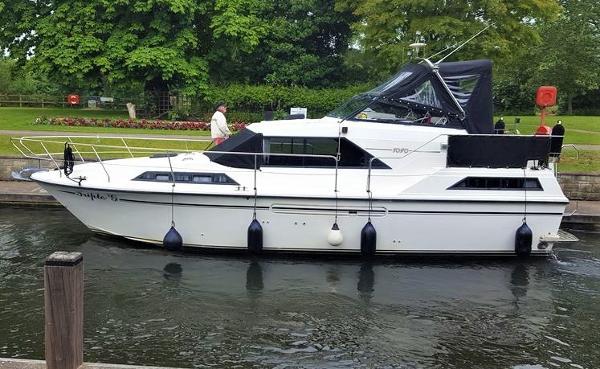 Aquafibre Bounty Boats 10/70