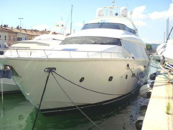 Maiora 24 Maiora 24 - YEAR 2000 - Blu Yachts