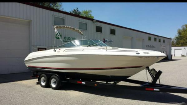 Sea Ray 260 Bow Rider Select