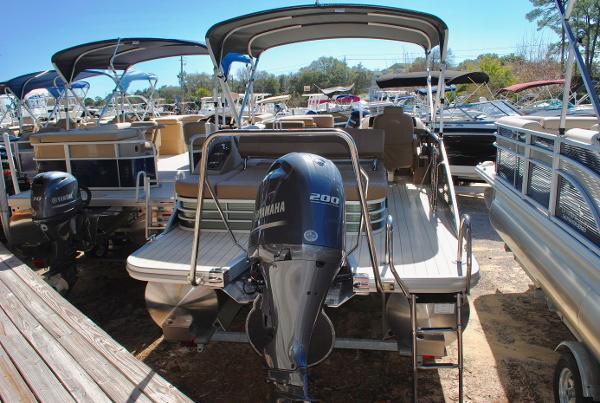Bennington 24 SSBXP 2017-Bennington-24-SSBXP-Pontoon-Boat-For-Sale
