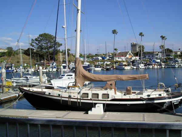 Westsail 42 Cutter 42' Westsail