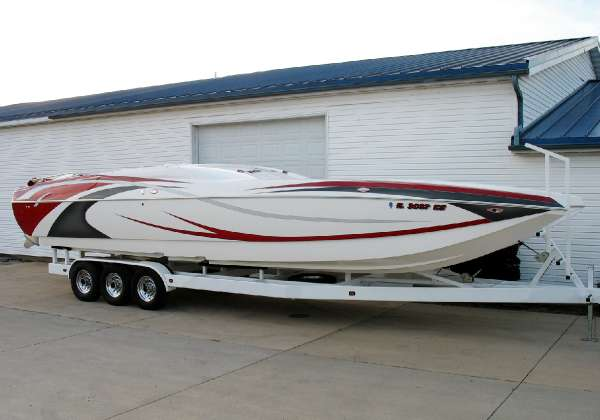 Magic Powerboats Scepter 34 Open Bow