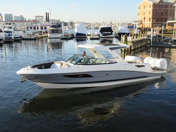 Sea Ray SLX 350 OB