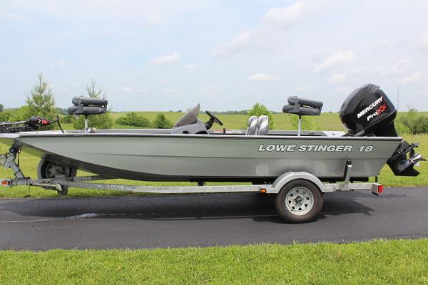 Lowe Stinger 18 - 115hp Pro XS