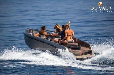 Vanquish Yachts vq16