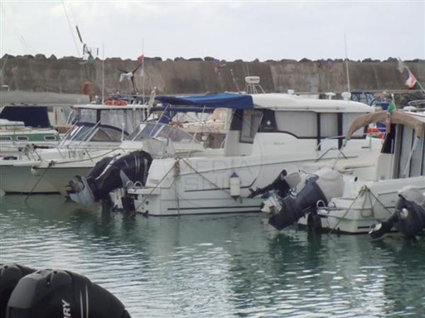 Jeanneau Marlin 855 Offshore JEANNEAU - MARLIN 855 OFFSHORE - exteriors