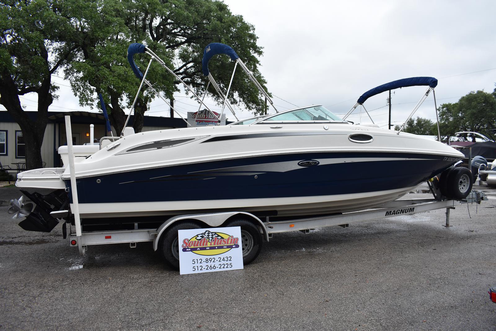 Sea Ray 280 Sundeck Boat