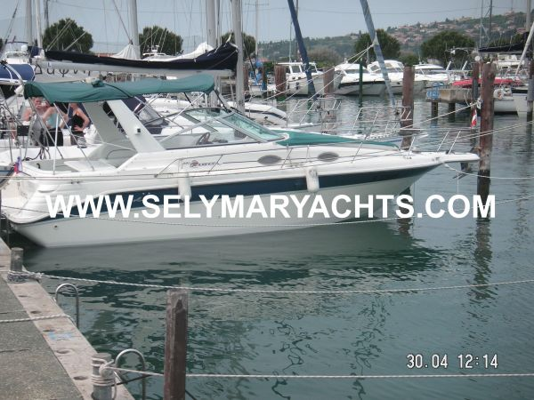 Sea Ray 270 DA Sundancer Photo 1