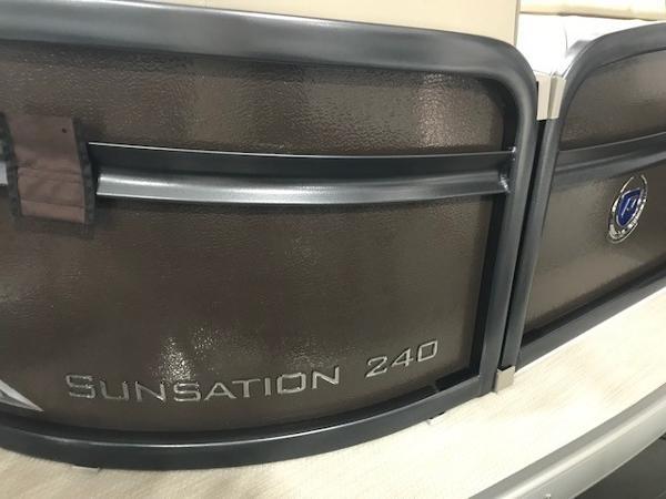 Premier 240 SunSation