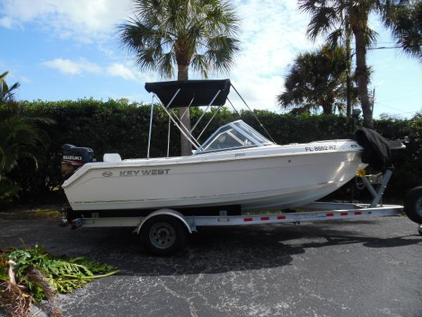 Key West 2020 Dual Console Starboard Side