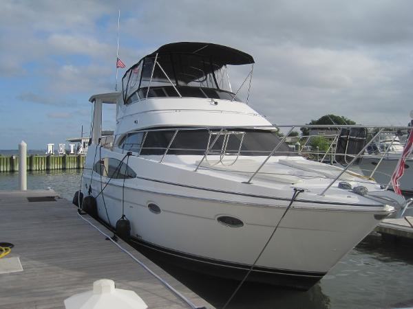 Carver 396 Motor Yacht Carver 396 Motor Yacht Profile