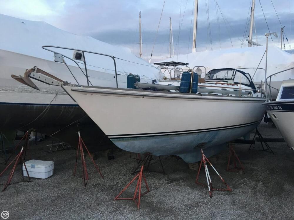 Bristol Boats 35.5C 1983 Bristol 35.5C for sale in Port Clinton, OH