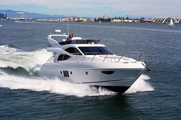 Dyna Yachts Fantastic Pricing Available! Dyna 52 Hull 80 San Diego Bay