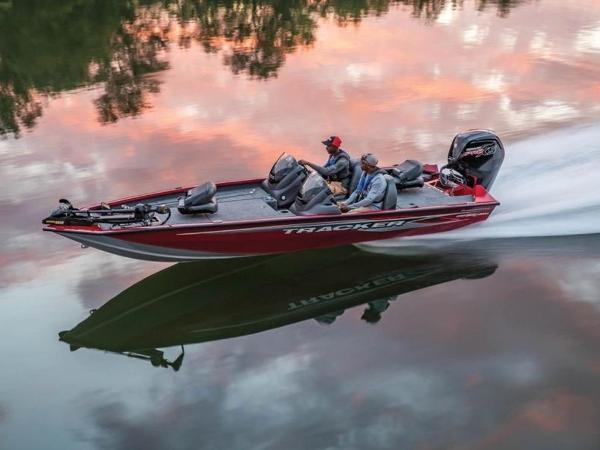 Tracker ® Boats Pro Team™ 190 TX Tournament Ed.