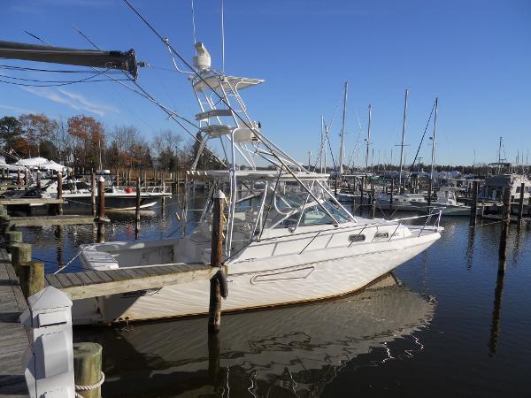 Boston Whaler 34 Defiance W 420 YANMARS
