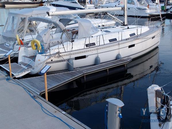 Bavaria 36 Cruiser PA013937.JPG