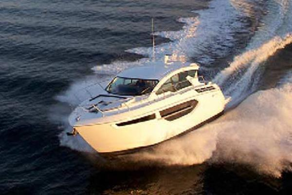 Cruisers Yachts 42C Manufacturer Provided Image