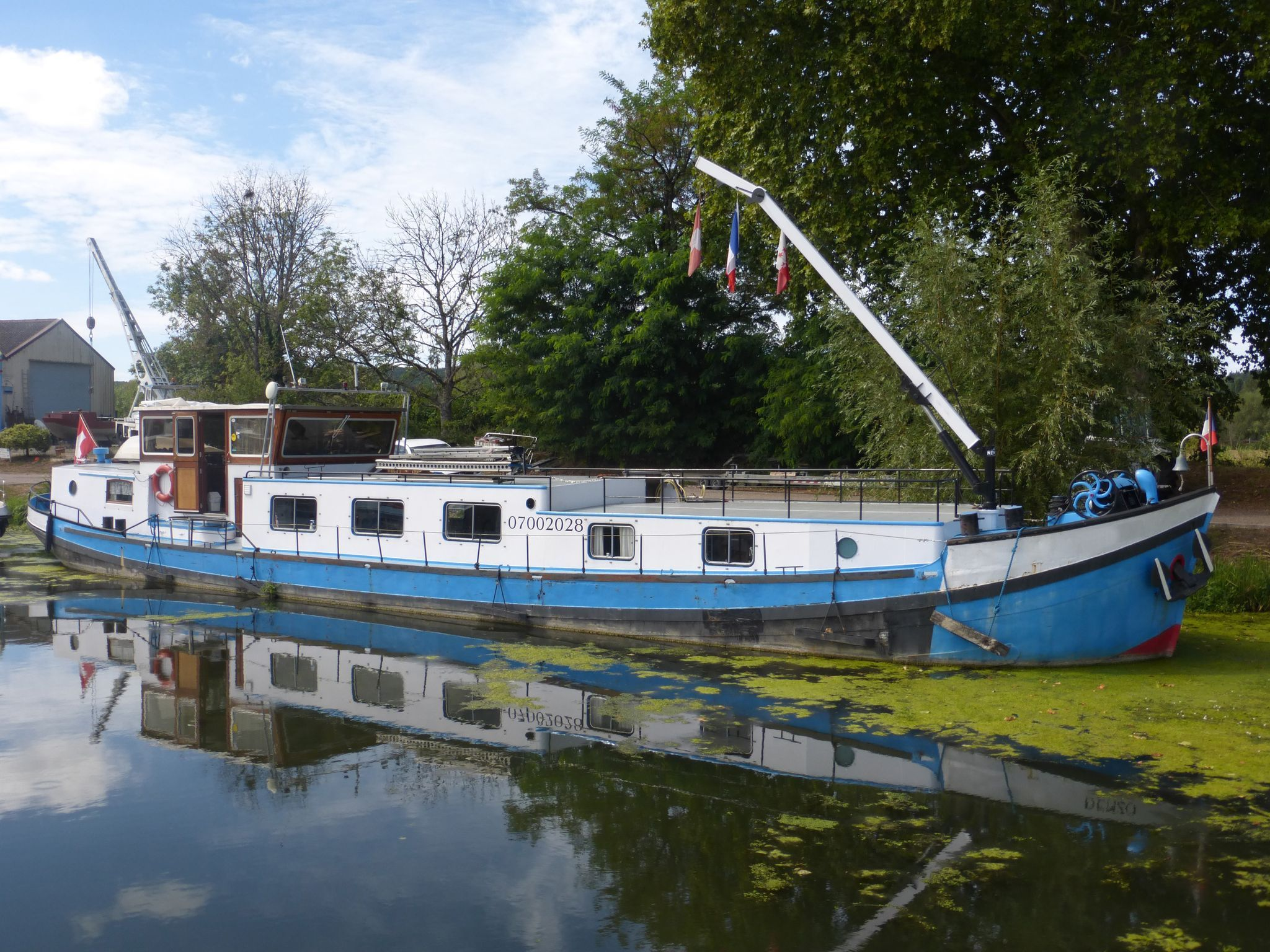 Barge Live aboard