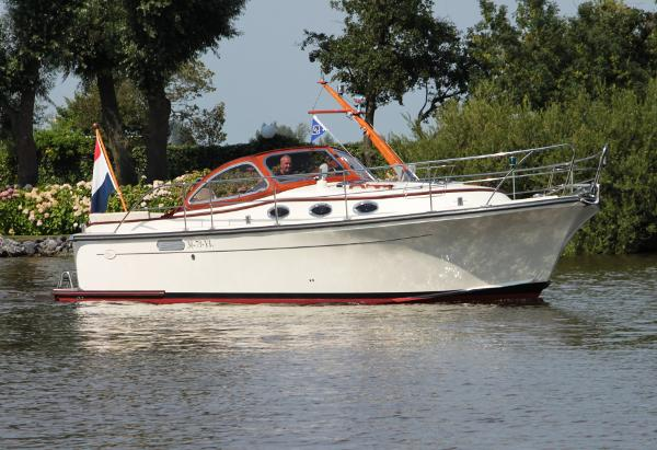 Intercruiser 34 Intercruiser 34