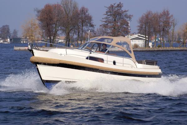 Intercruiser 28 Intercruiser 28