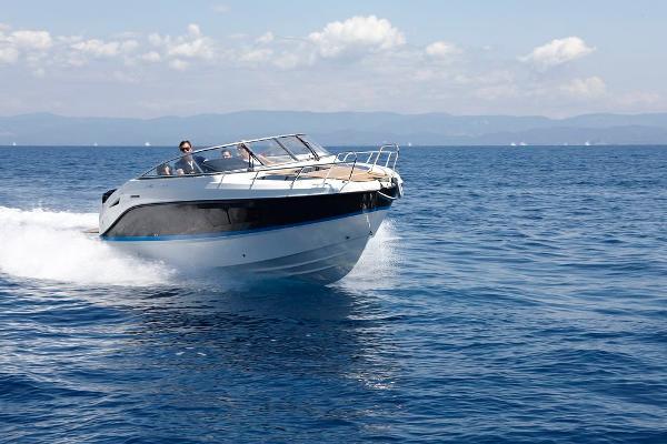 Quicksilver Activ 805 Cruiser