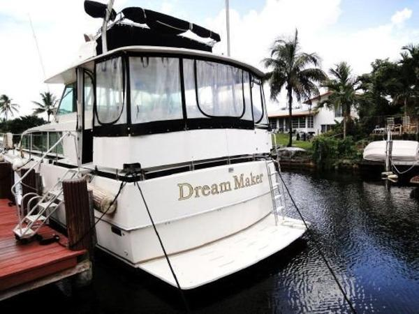 Bertram Flybridge Cruiser
