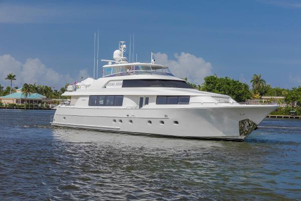 Westport Motoryacht Profile View
