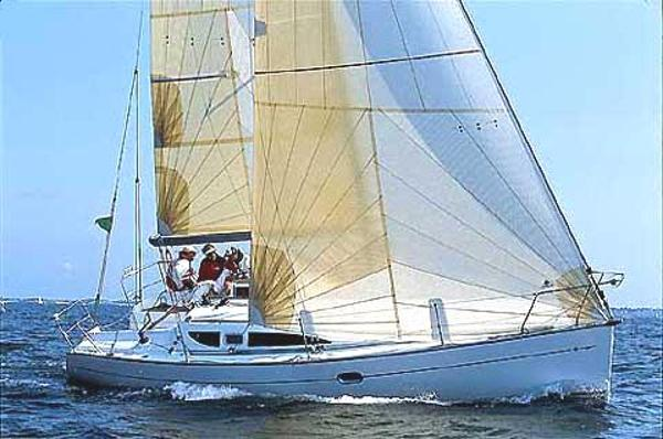 Jeanneau Sun Fast 32i (under offer)