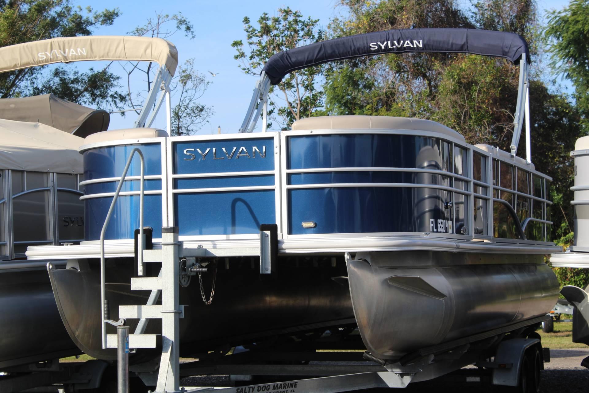 Sylvan 8522 Cruise N Fish