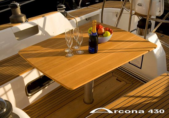 Arcona 430 Exterior Seating