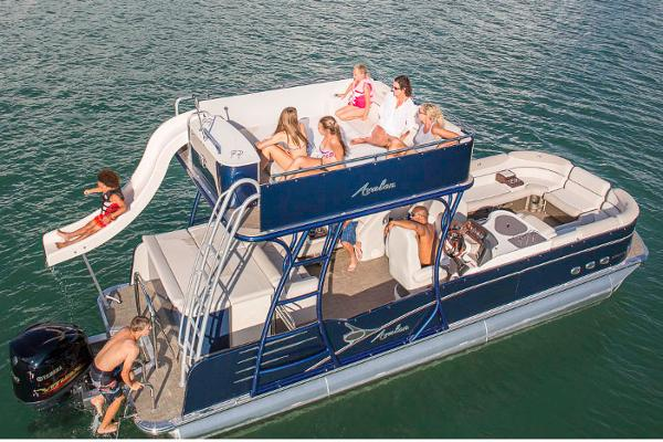 Avalon Catalina Platinum Entertainer Funship - 25' Manufacturer Provided Image