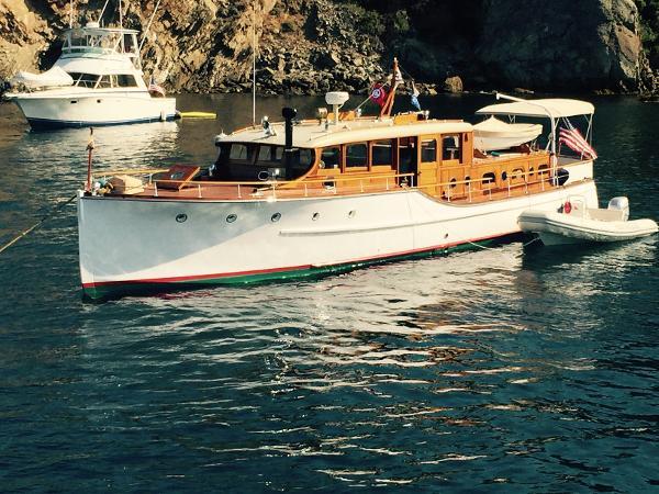 Motor Yacht Cruiser
