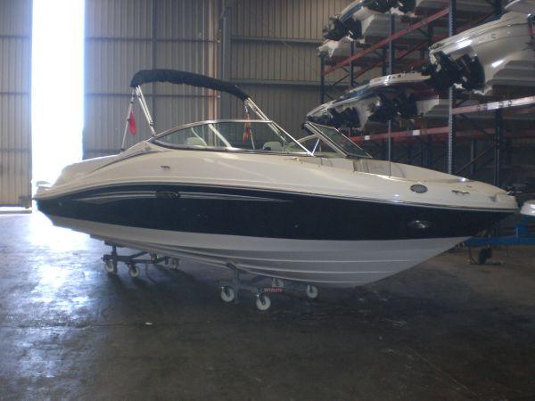 Sea Ray 210 Select CALMA II