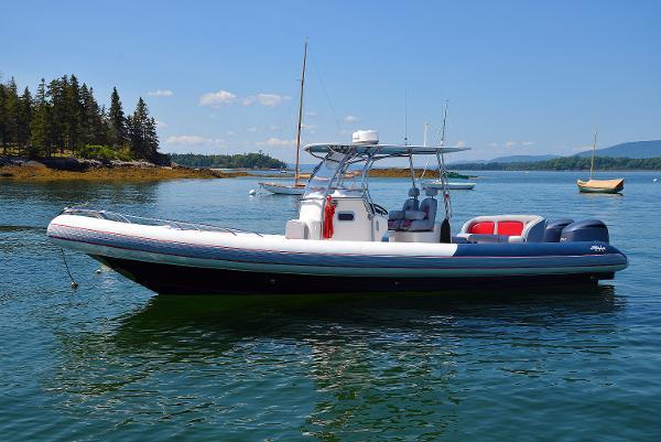 Hunt Yachts HBI 30