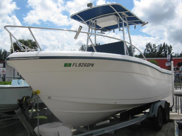 Palm Beach 22 CENTER CONSOLE